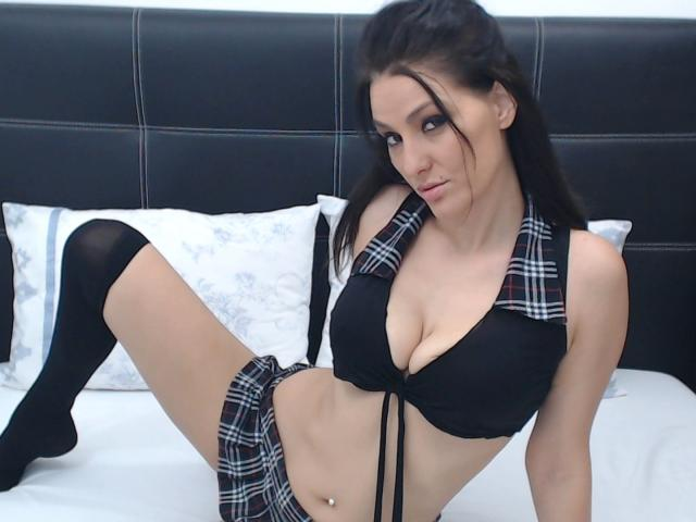 Picture of the sexy profile of jolidanielle, for a very hot webcam live show !