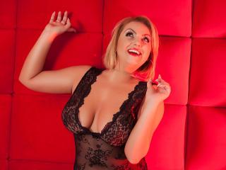AlexaLubov - 在XloveCam?欣賞性愛視頻和熱辣性感表演