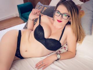 LindaBrynn - 在XloveCam?欣賞性愛視頻和熱辣性感表演