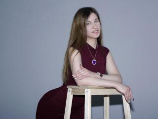 AlinaSweetie - 在XloveCam?欣赏性爱视频和热辣性感表演