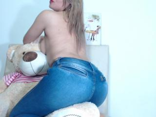SorayaSquirt - Live porn & sex cam - 7624132