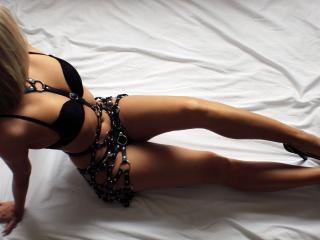 Velmi sexy fotografie sexy profilu modelky AngeliqueFontain pro live show s webovou kamerou!