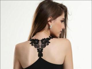Hình ảnh đại diện sexy của người mẫu AriaNeal để phục vụ một show webcam trực tuyến vô cùng nóng bỏng!