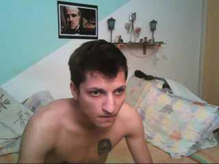 Photo de profil sexy du modèle BoysGoneWild, pour un live show webcam très hot !