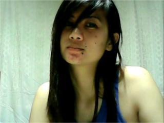 Foto de perfil sexy de la modelo Cherrygirl69, ¡disfruta de un show webcam muy caliente!