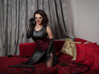 Velmi sexy fotografie sexy profilu modelky EvilFemDom pro live show s webovou kamerou!