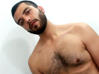 Picture of the sexy profile of JhonGandy, for a very hot webcam live show !