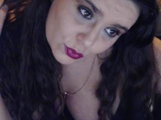 Hình ảnh đại diện sexy của người mẫu MayaSmith để phục vụ một show webcam trực tuyến vô cùng nóng bỏng!