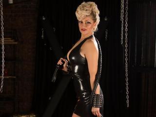 Foto de perfil sexi, da modelo MistressOlivia, para um live show webcam muito quente!