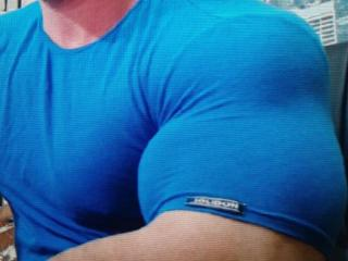 Photo de profil sexy du modèle SexyMuscleBoy, pour un live show webcam très hot !