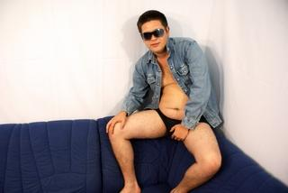 Picture of the sexy profile of SweetHotBoy, for a very hot webcam live show !