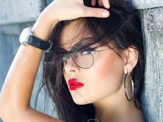 Hình ảnh đại diện sexy của người mẫu XBelleEva để phục vụ một show webcam trực tuyến vô cùng nóng bỏng!