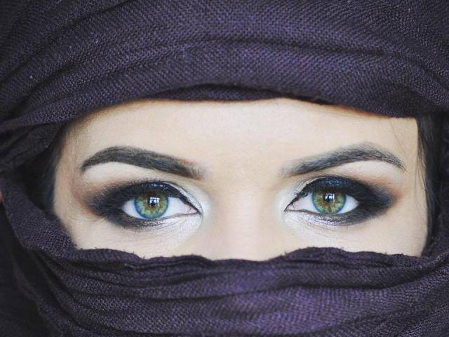 Foto del profilo sexy della modella MistressMatureOLive, per uno show live webcam molto piccante!