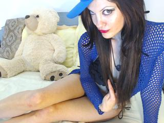 TranSexReine - Sexy live show with sex cam on XloveCam