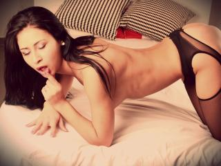 OneLovelyPearl - Sexy live show with sex cam on XloveCam