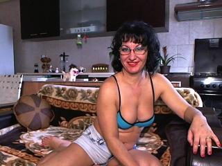 AnnuskaBest - Sexy live show with sex cam on XloveCam