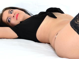 LovelyNickyX - Sexy live show with sex cam on XloveCam