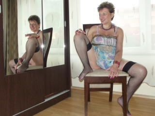 DoraBlueEyess - Sexy live show with sex cam on XloveCam®