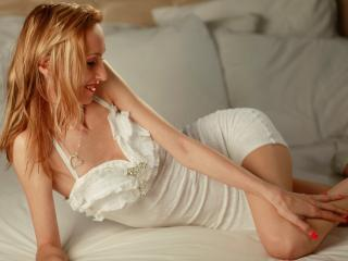 WetBlondeForYou - Sexy live show with sex cam on XloveCam