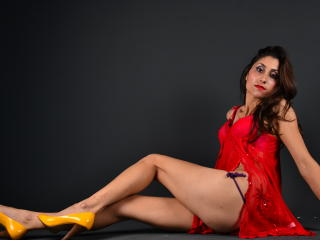 BelleYasminne - Sexy live show with sex cam on XloveCam