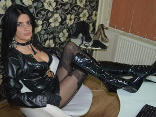 DomMelisa - Sexy live show with sex cam on XloveCam