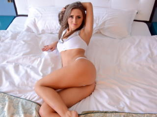 TannyaHot - Sexy live show with sex cam on XloveCam