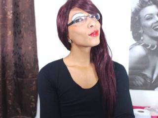 AmazonQueenTs - Sexy live show with sex cam on XloveCam