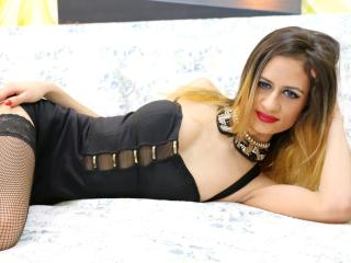 CurlyRose - Sexy live show with sex cam on XloveCam