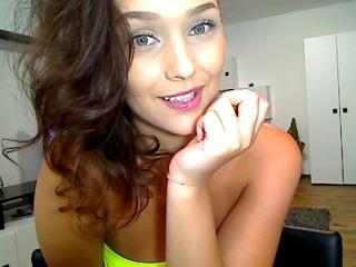 Megane - Show sexy et webcam hard sex en direct sur XloveCam®