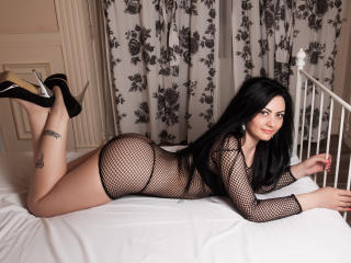 Adilla - Sexy live show with sex cam on XloveCam®