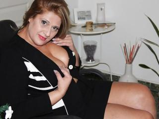 SexyyMilf - Sexy live show with sex cam on XloveCam®