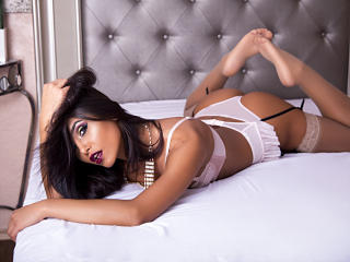 IvonneRicci - Sexy live show with sex cam on XloveCam