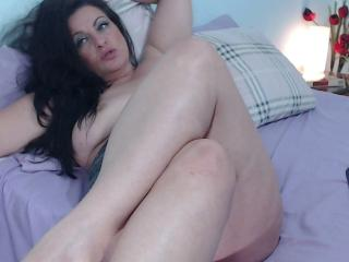 Emerald - Sexy live show with sex cam on sex.cam