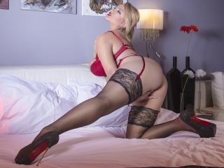 AlexaLubov - Chat sex with this platinum hair Sexy babes