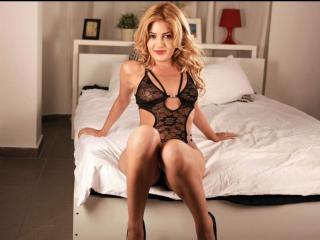 Sexy nude photo of OliviaDiamond