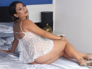 Sexy nude photo of SaraLoren