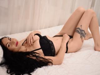 JullyeAnais - Sexy live show with sex cam on XloveCam®