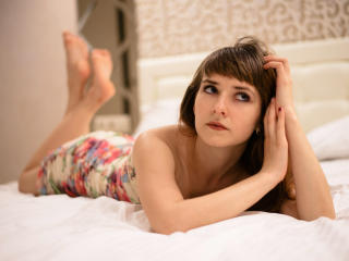 KrisSinger - Sexy live show with sex cam on XloveCam®
