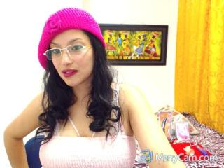 KimSexxHot69 - Show sexy et webcam hard sex en direct sur XloveCam®