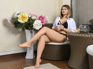 AmyPure - Sexy live show with sex cam on XloveCam®