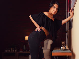 SierraBlue - Show sexy et webcam hard sex en direct sur XloveCam®
