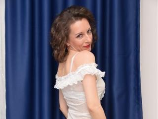 DivineEvelyn - Sexy live show with sex cam on sex.cam