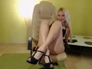 Gallery picture of LauraSexyFeet