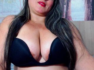 SaraFetishBbw - Chat cam sexy with a charcoal hair Attractive woman