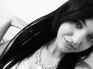 HypnoticLuciaX - chat online exciting with this cocoa like hair Hot babe