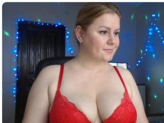 BlackEyesEva - Show sexy et webcam hard sex en direct sur XloveCam®