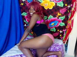 TonUniqueAngedelanuit - Web cam hot with this ebony Young and sexy lady