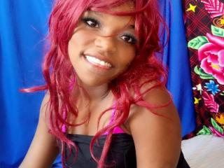 TonUniqueAngedelanuit - Web cam sex with this dark-skinned Girl
