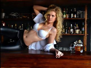 Sexy nude photo of VeraNikki