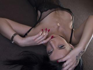 Sexy nude photo of ShyBella